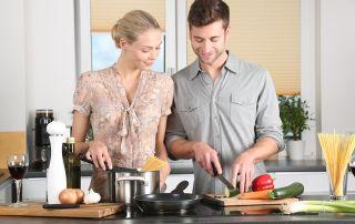 Woman Kitchen Man Everyday Life 298926